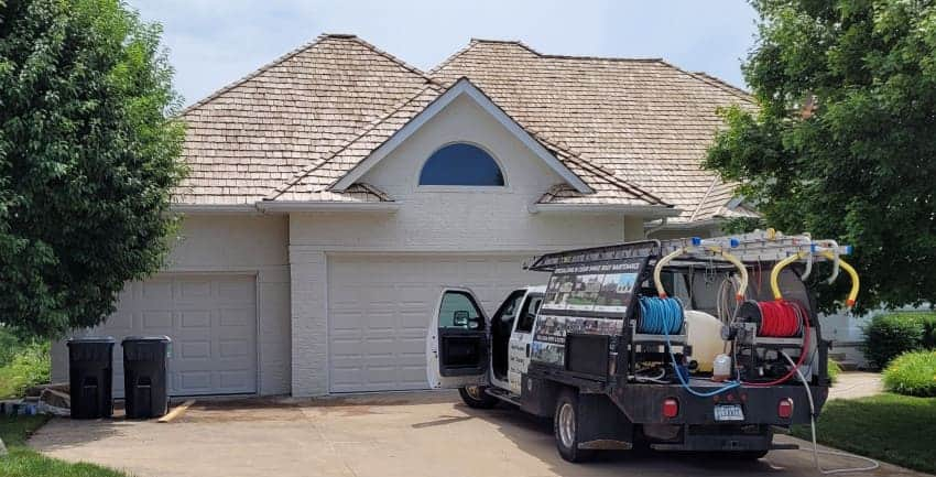 How Long Does a Cedar Shake Roof Last?